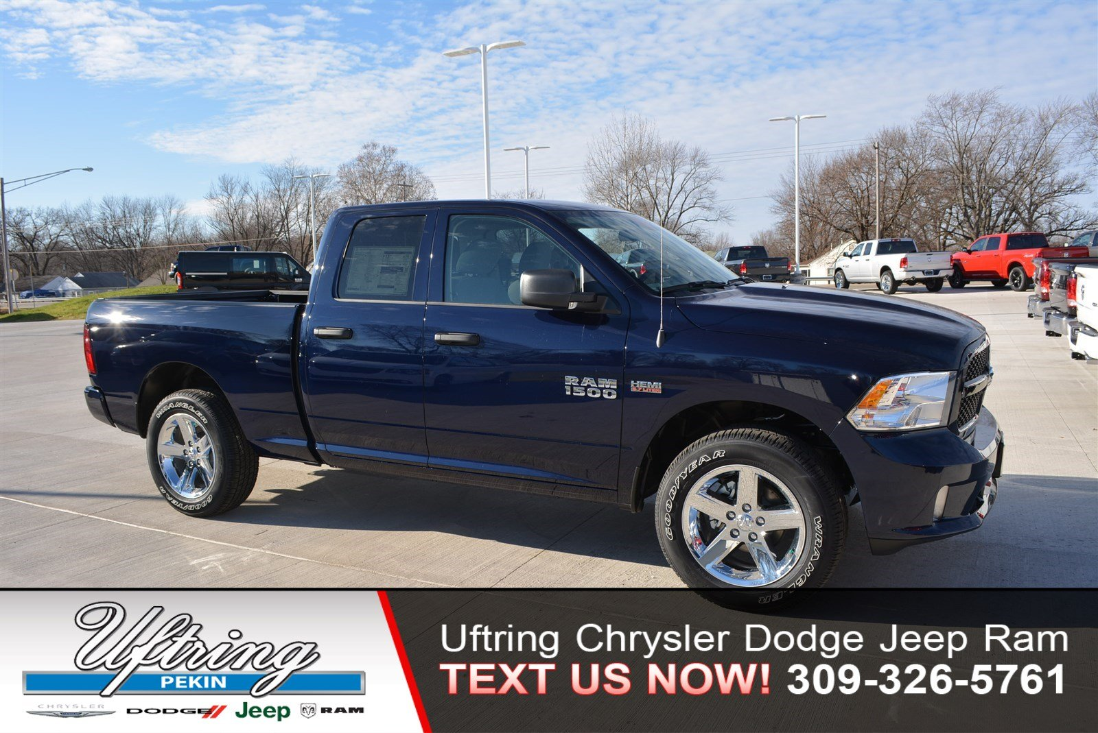 New 2018 RAM 1500 Express Quad Cab in Pekin #1886204 | Uftring ...