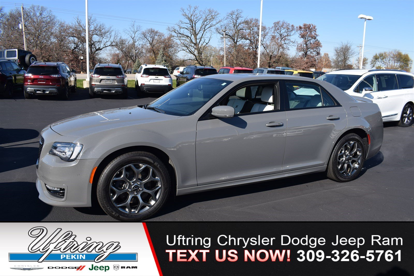Pre Owned 2017 Chrysler 300 300s 4dr Car In Pekin 1700563