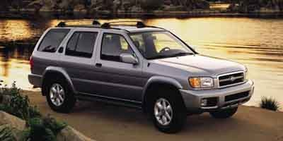 Pre-Owned 2001 Nissan Pathfinder LE