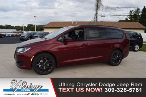 New 2019 CHRYSLER Pacifica Limited